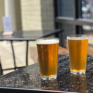 Sunny days are the perfect time to come chill with us ☀️ (See? We have cool people beer. We're cool kids. We promise.) #ColdOne #ButNotLikeVampireColdOne  #LocalBeer #LocalFriends #LocalLove   #AreWeDoingThisHashtagThingRight