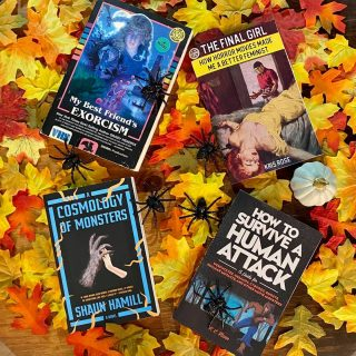 It's the first week of Fall- leaves are falling, the temperature is dropping, and spooky season is finally approaching 🍂🎃 It's time to brush up on your creatures and classic features in preparation for October festivities✨  What's on your spooky fall #tbr list?