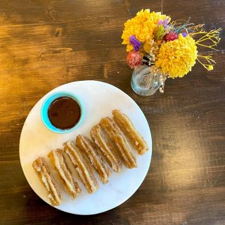What screams #selfcaresunday more than churros? We have yet to find out 🤷♀️ treat yourself and your favorite Libra to some fresh churros and dipping chocolate before they're all gone 😅
