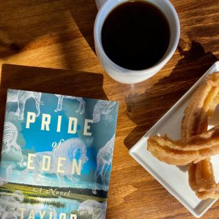 Beat the Sunday scaries with a great book, fresh coffee, and handmade churros ☕️ Get ready to start the week with your best foot forward by finding your next big literary adventure ✨